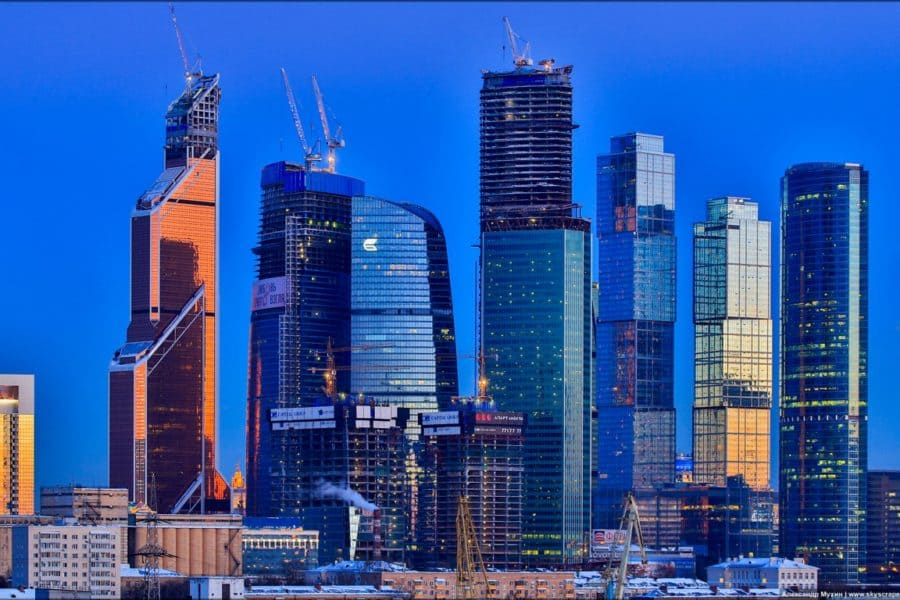 Moscow_Buildings_Skyscrapers_Blue